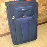 Travel suit case hire